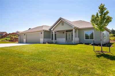 Manhattan Single Family Home For Sale: 3327 Merced Drive