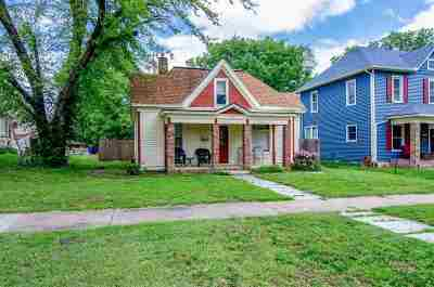 Junction City Single Family Home For Sale: 232 W 4th Street