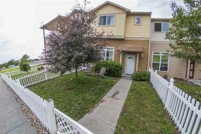 Junction City Single Family Home For Sale: 70 Fuller Circle