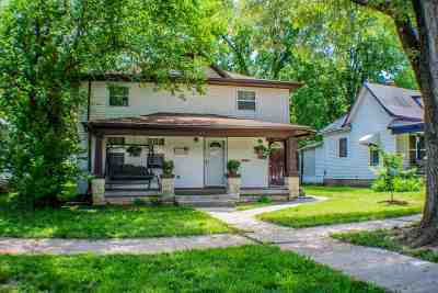 Junction City Multi Family Home For Sale: 117 W 2nd Street