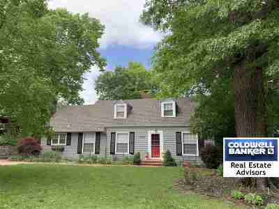 Single Family Home For Sale: 2030 Thackery