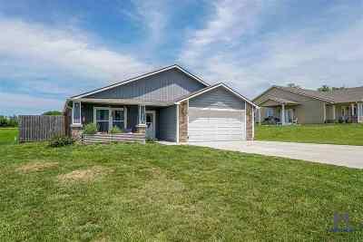 Riley Single Family Home For Sale: 204 Bergsten Court