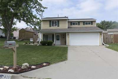 Junction City Single Family Home For Sale: 410 Robin Hood Drive
