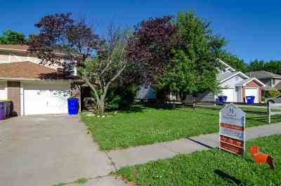Junction City Single Family Home For Sale: 114 Commanche Court