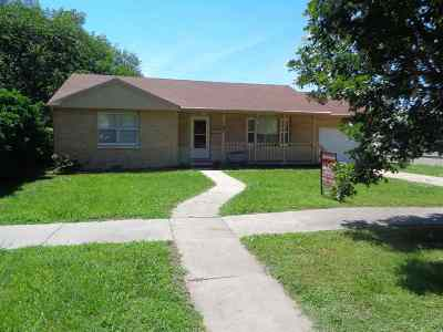 Dickinson County Single Family Home For Sale: 707 N D St.