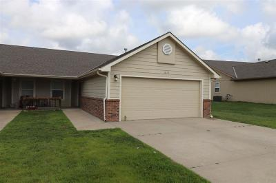 Single Family Home For Sale: 1612-1614 Clover Drive