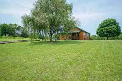 Wamego Single Family Home For Sale: 13318 Woodland Drive