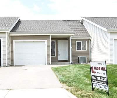 Manhattan Single Family Home For Sale: 1305 Newfoundland Drive