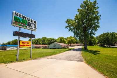 Wamego Commercial For Sale: 1215 W Highway 24