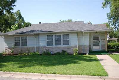 Junction City Single Family Home For Sale: 602 W Elm Street