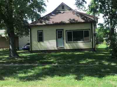 Alma Single Family Home For Sale: 309 E 6th Street