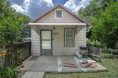 Single Family Home For Sale: 223 E 11th Street