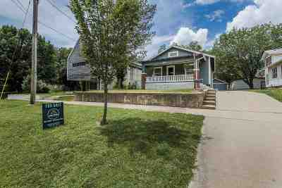 Riley County Single Family Home For Sale: 118 S Manhattan Avenue