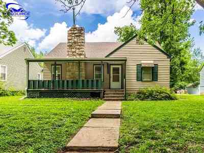 Riley County Single Family Home For Sale: 714 Thurston Street