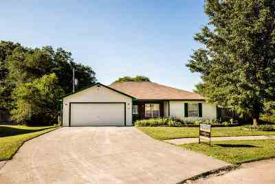 Riley County Single Family Home For Sale: 109 Kopp Drive