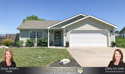 Riley County Single Family Home For Sale: 3109 Brookville West Drive