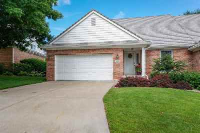 Manhattan Single Family Home For Sale: 1509 Williamsburg Drive
