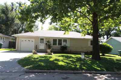 Dickinson County Single Family Home For Sale: 1105 N Campbell Street
