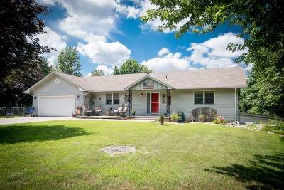 Milford Single Family Home For Sale: 7418 Old Milford Road