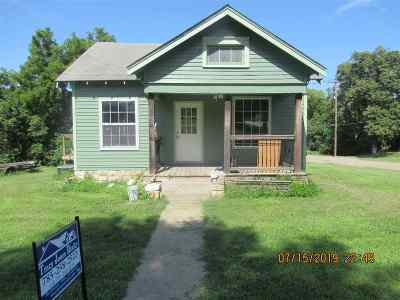 Dickinson County Single Family Home For Sale: 317 N B Street