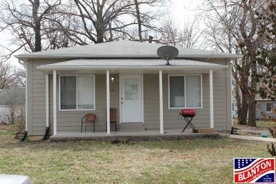 Riley County Multi Family Home For Sale: 1121 Claflin Rd