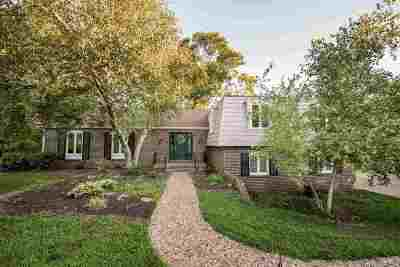 Riley County Single Family Home For Sale: 1101 Pioneer Lane