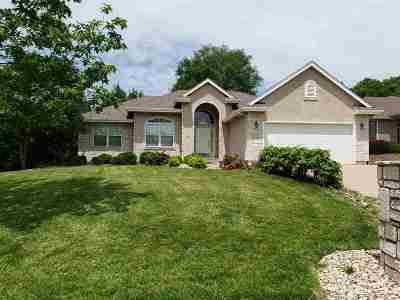 Manhattan Single Family Home For Sale: 3040 Pecanwood Drive