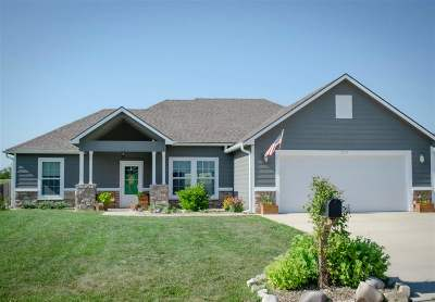 Riley County Single Family Home For Sale: 210 Bergsten Court