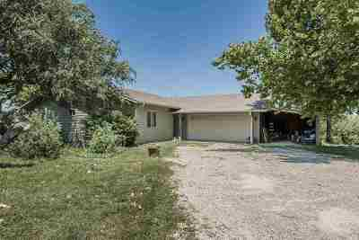 Riley County Single Family Home For Sale: 11114 Rimrock Drive