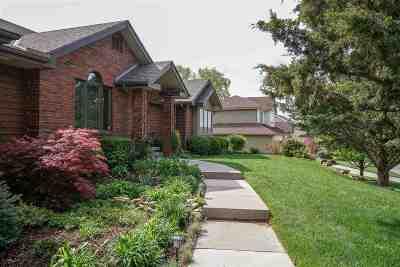 Riley County Single Family Home For Sale: 1112 Morgan Lane