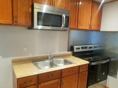 Riley County Single Family Home For Sale: 305 Elm