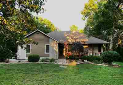 Wamego Single Family Home For Sale: 3835 Windmill Run Drive