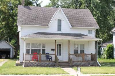 Dickinson County Single Family Home For Sale: 306 NE 4th Street