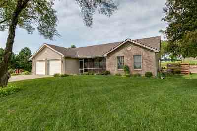 Junction City Single Family Home For Sale: 1539 Mistletoe Circle