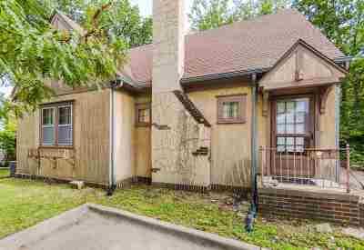 Manhattan Single Family Home For Sale: 1843 Anderson Avenue