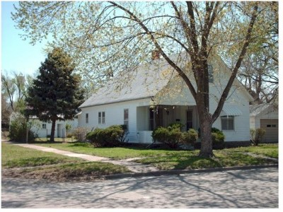Herington Single Family Home For Sale: 202 S 2nd