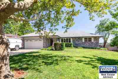 Manhattan Single Family Home For Sale: 3105 Arbor Drive