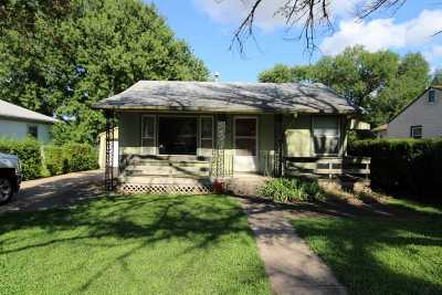 Dickinson County Single Family Home For Sale: 520 S Factory Street