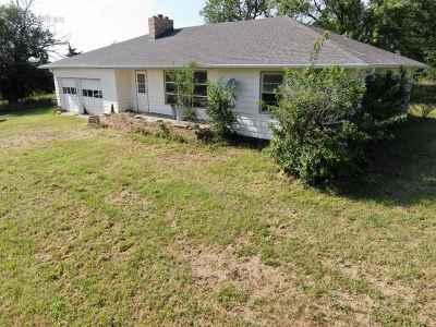 Abilene Single Family Home For Sale: 1241 3400 Avenue