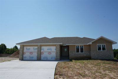 Riley County Single Family Home For Sale: 4023 Scenic Court