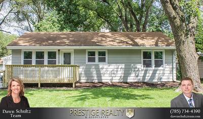Riley County Single Family Home For Sale: 1932 Hayes Drive