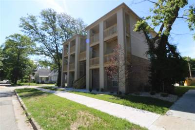 Riley County Multi Family Home For Sale: 801 Moro Street