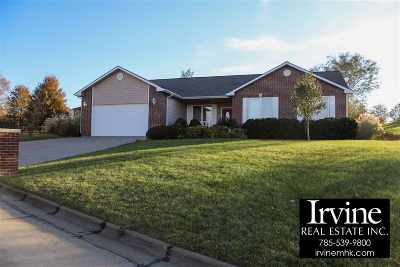 Riley County Single Family Home For Sale: 3205 Amherst Avenue