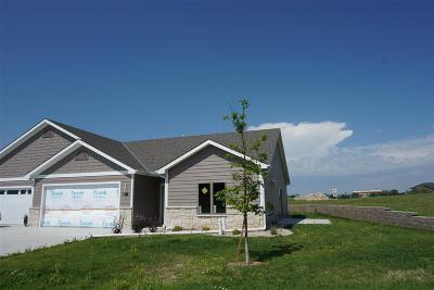 Riley County Single Family Home For Sale: 4029 Scenic Crossing