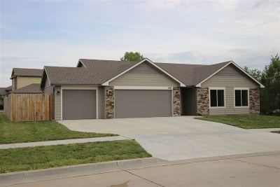 Riley County Single Family Home For Sale: 328 Northfield
