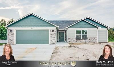 Riley County Single Family Home For Sale: 429 Stone Glenn Drive