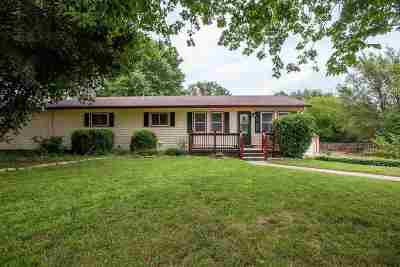 Riley County Single Family Home For Sale: 3612 Rocky Ford Avenue
