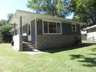 Riley County Single Family Home For Sale: 808 Brockman Circl