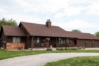 Riley County Single Family Home For Sale: 4813 Lakewood Ridge
