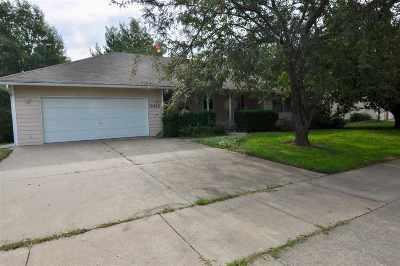 Riley County Single Family Home For Sale: 3412 Newbury Street